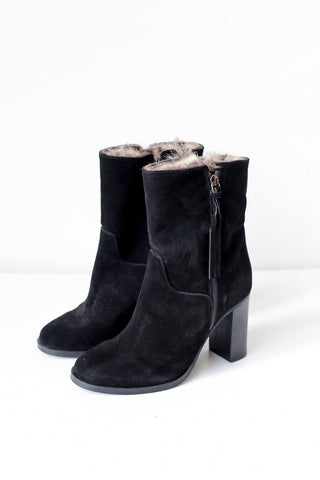 Jeanne Black Suede