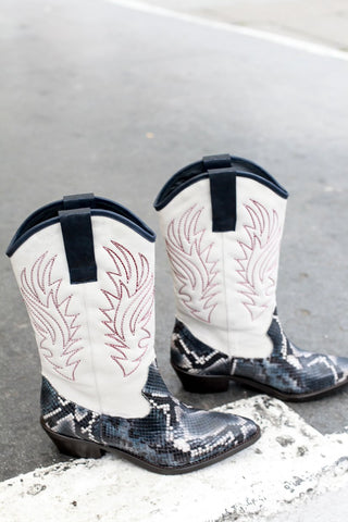 Donna White/Blue Snake Boots