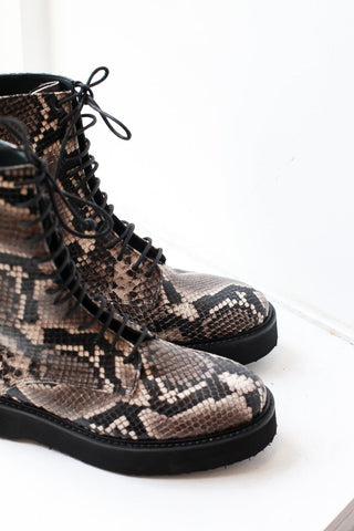 Chia Snake Boots