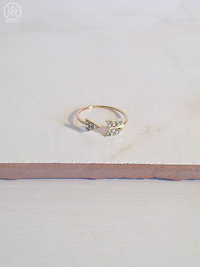 16kt Beauty Crystal Arrow Midi Ring