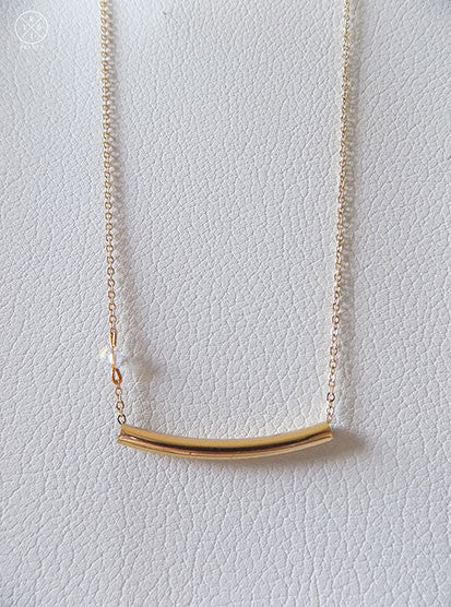 Helena - Bar Necklace