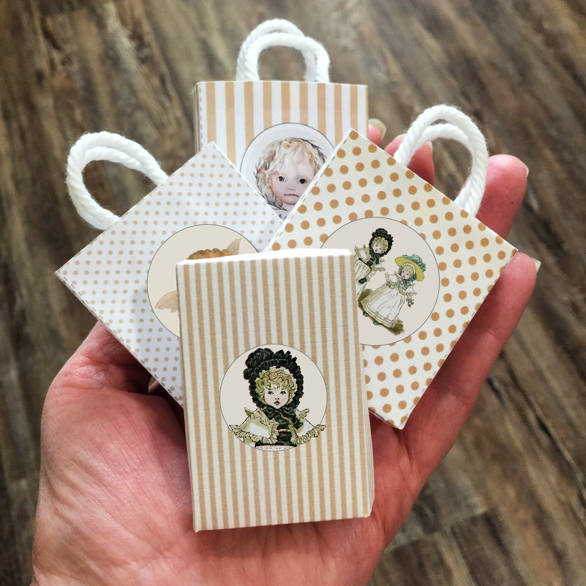 Mini Cherub Boxes No. 12