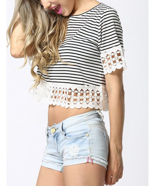 Stylish Scoop Neck Striped Lace Spliced Short Sleeve T-Shirt For Women
