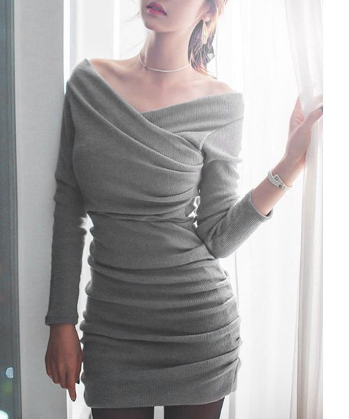 Stylish V-Neck Long Sleeve Ruched Sweater Dress For Women