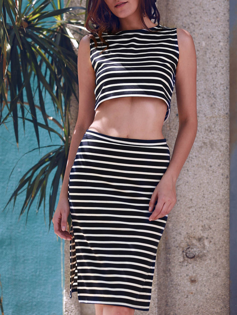 Women's Stylish Sleeveless Crop Top and Striped Skirt Suit