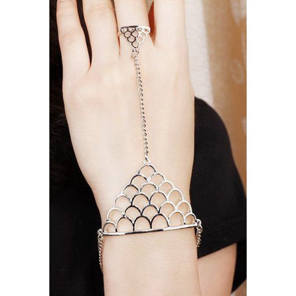 Chic Hollow Out Fish Scales Shape Bracelet With Ring For Women