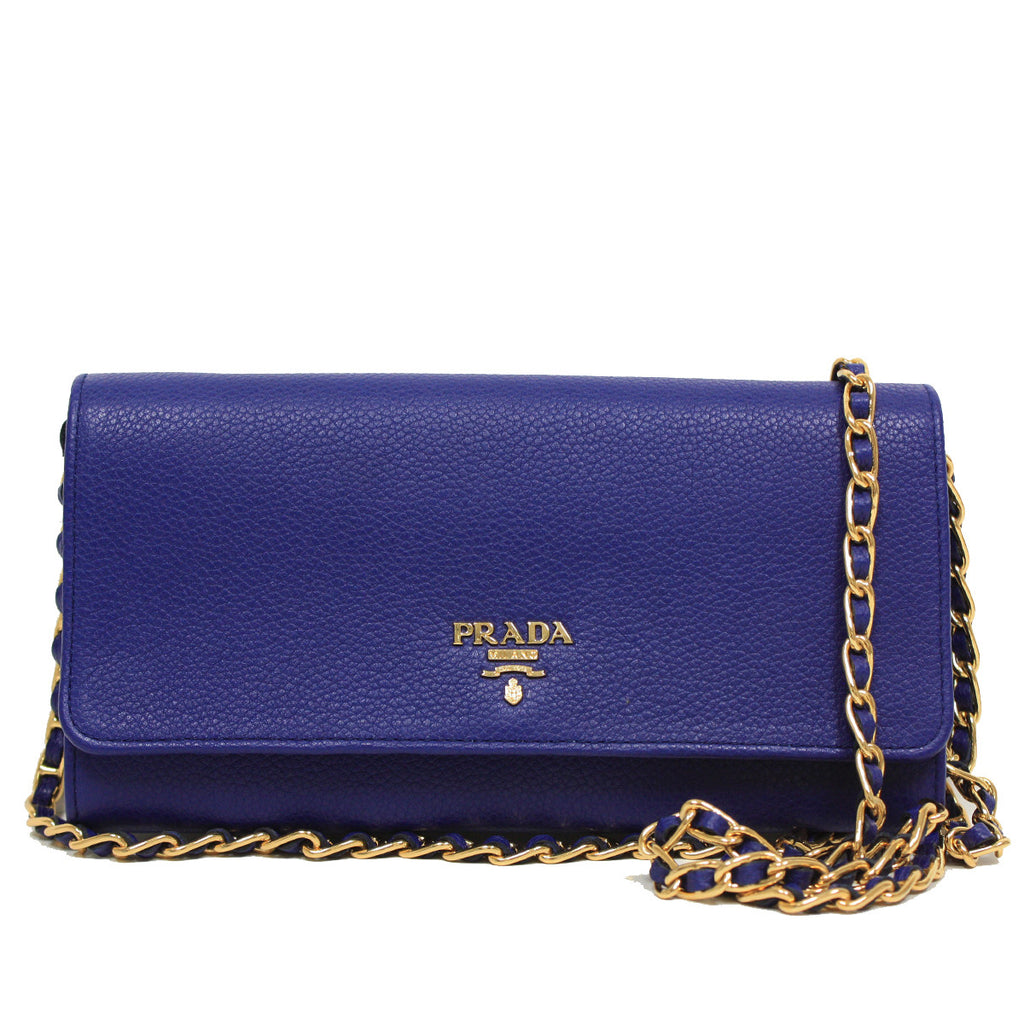 Chained Clutch - Only One Size / Blue Prada Fast Delivery Online Sale Shopping Online Cheap Pictures Genuine 100% Guaranteed Sale Online E0EwCU407