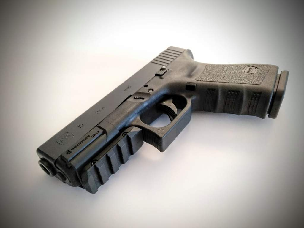 Rail Adapter for Glock 17 and Glock 19 - Gen 3 Gen 4 Gen 5 | Recover  Tactical OR19