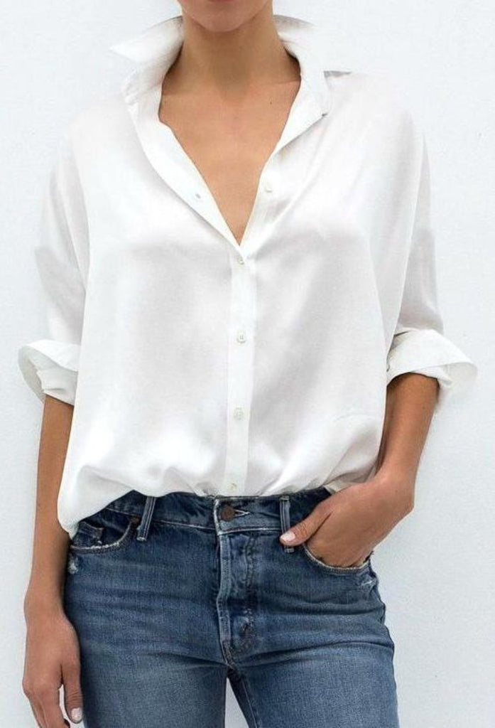 ON SALE:  Women's White Oxford shirt. Perfectly chic Fall & Winter Women's Fashion. Casual and business casual outfits from The Lomas Brand.