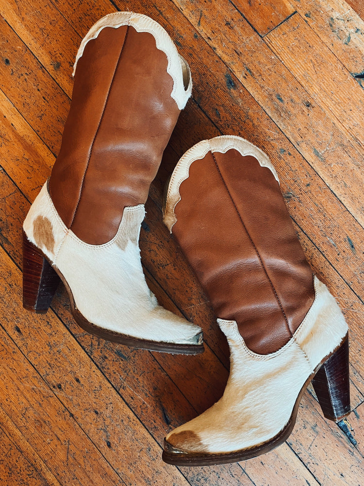 Cow Hyde boots W Sz 5