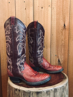 Load image into Gallery viewer, Larry Mahan Cowboy Boots W Sz 7.5