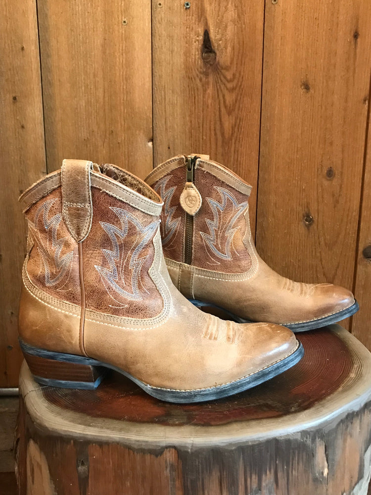 Load image into Gallery viewer, Ariat Ankle Boots W Sz 7.5