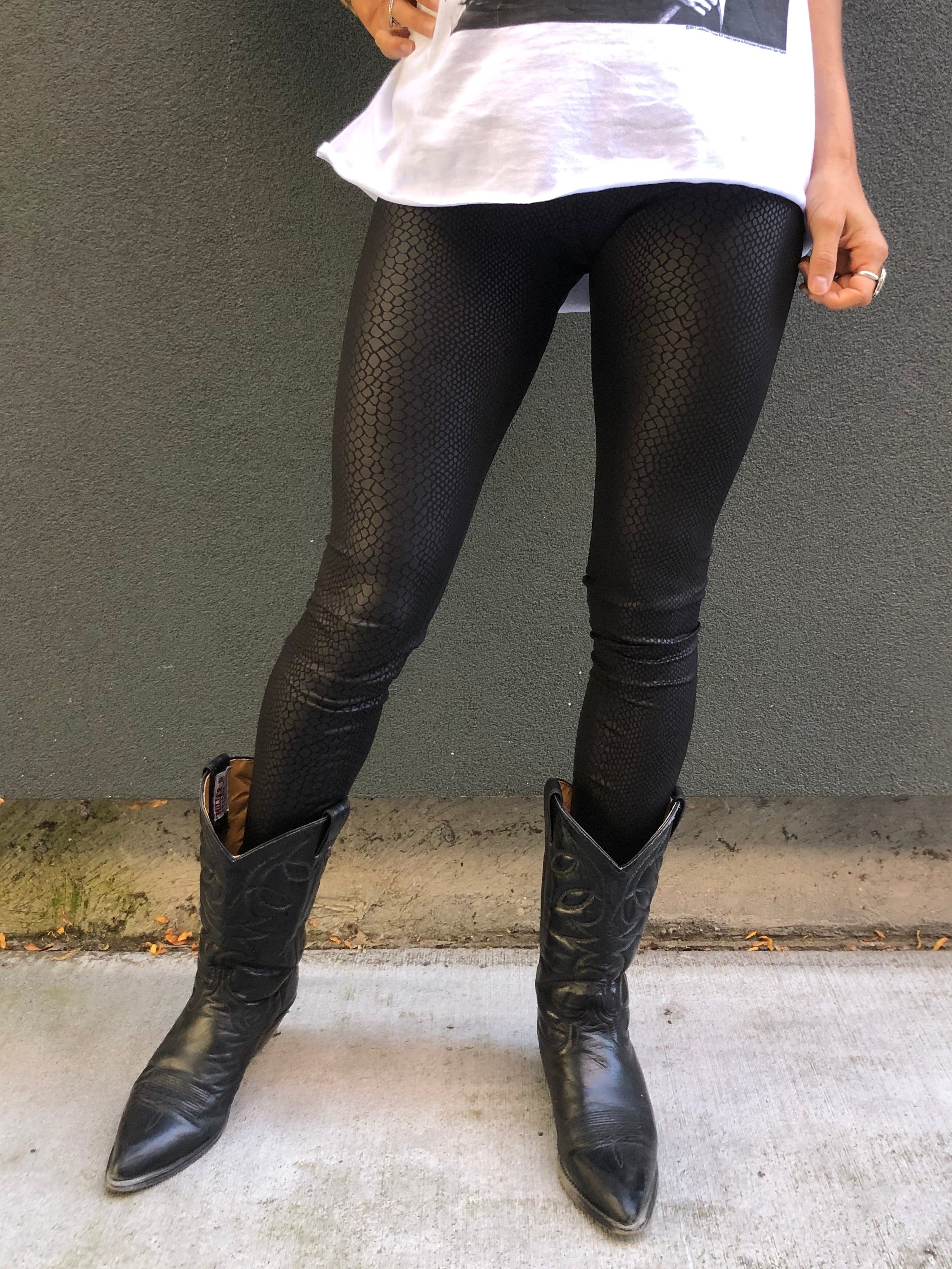 Chain of Fools Leggings