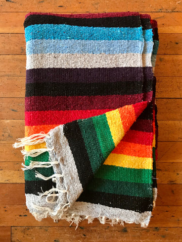Multi-color Falsa Blanket