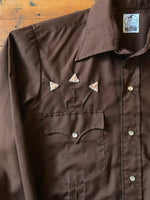 Men's Embroidered Arrow Snap Up Sz M