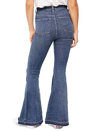 Irreplaceable Flare Jean