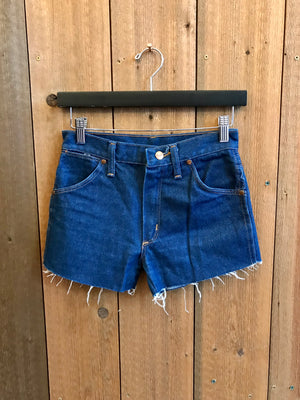 Load image into Gallery viewer, Vintage Denim Shorts Waist Sz 26""