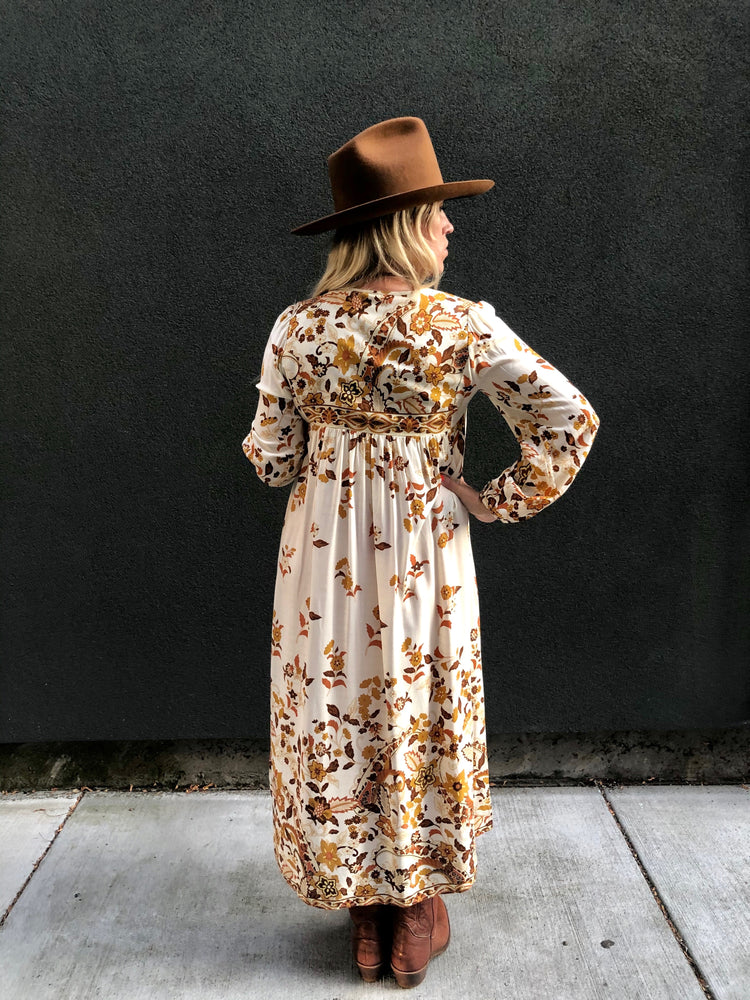 Load image into Gallery viewer, Mama Cass Maxi Dress
