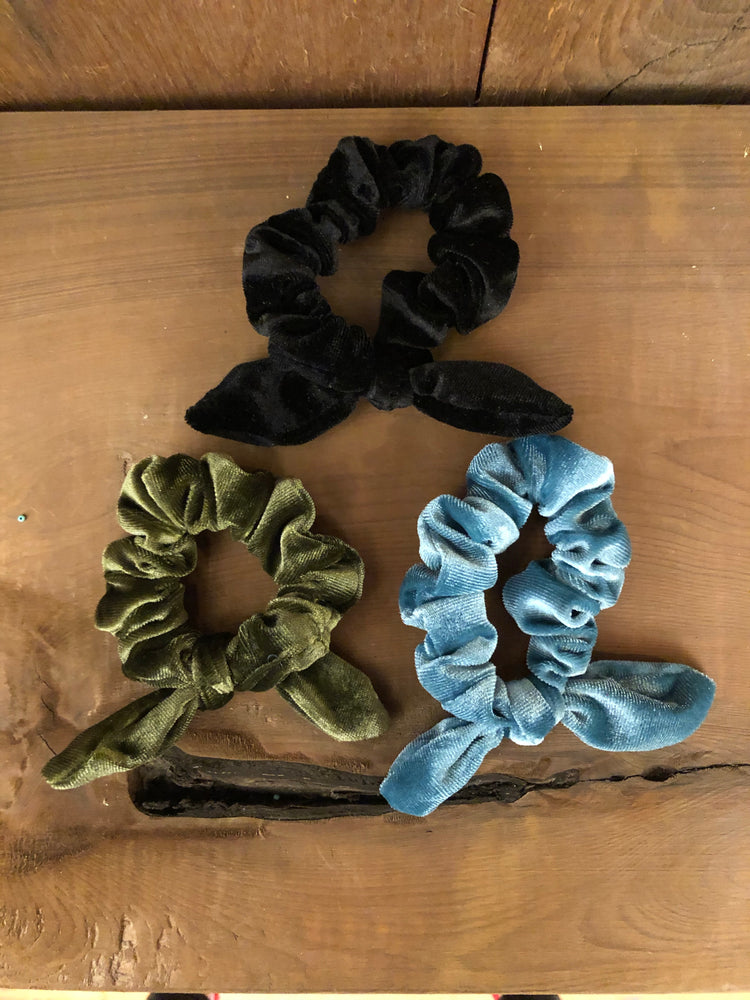 Velvet Scrunchie Pack