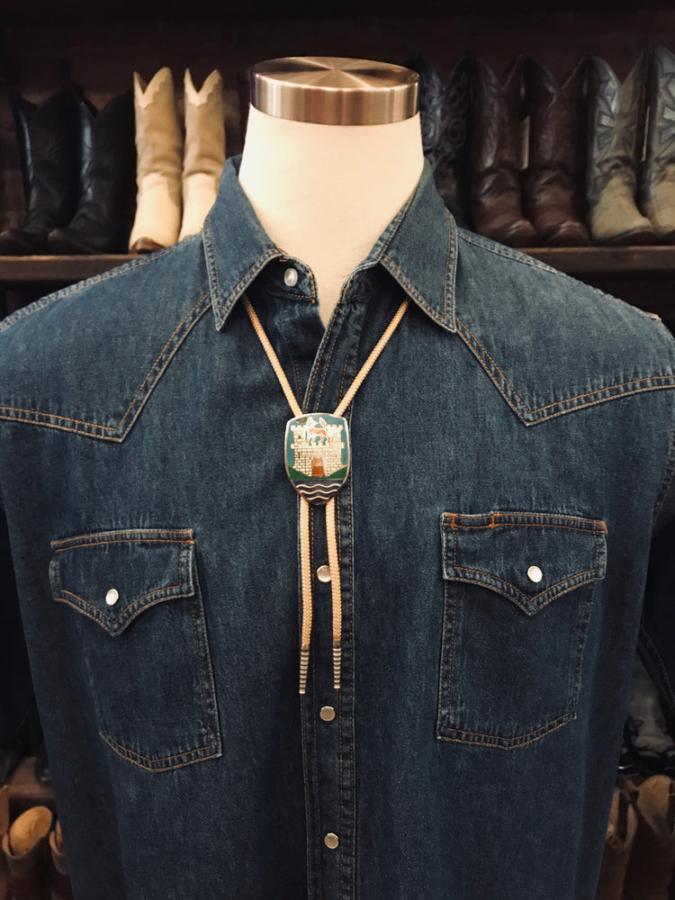 Load image into Gallery viewer, Vintage Wolf's Castle Bolo Tie