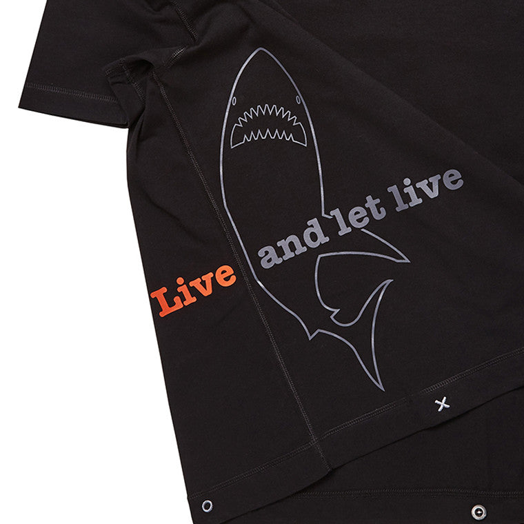 Shark T-shirt detail
