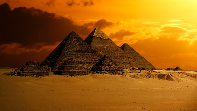 ancient egypt pyramid sun
