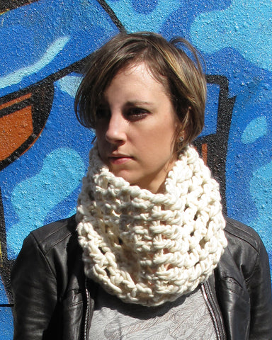 supersonic crochet cowl