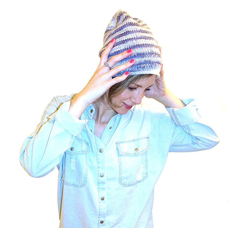 amelia bedelia hat {free knitting pattern}-knitting pattern-The Crafty Jackalope