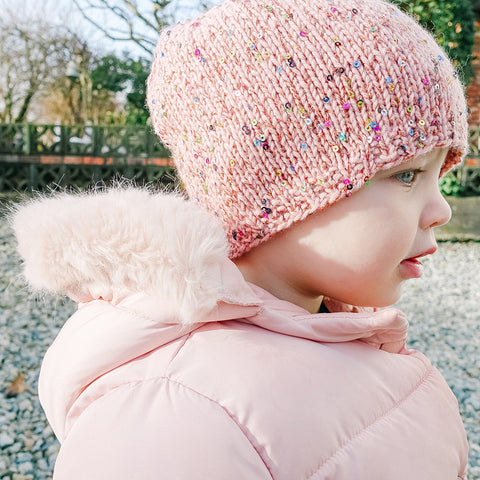 mini magpie darling hat {knit kit}