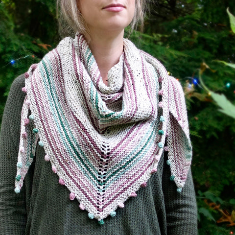 Snuggleberry Shawl {knitting pattern}