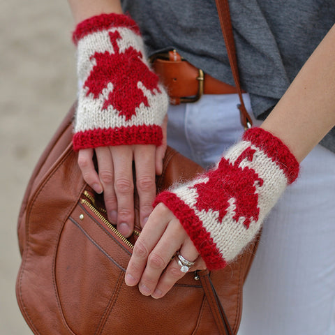 canadian fingerless gloves {knitting pattern}-knitting pattern-The Crafty Jackalope