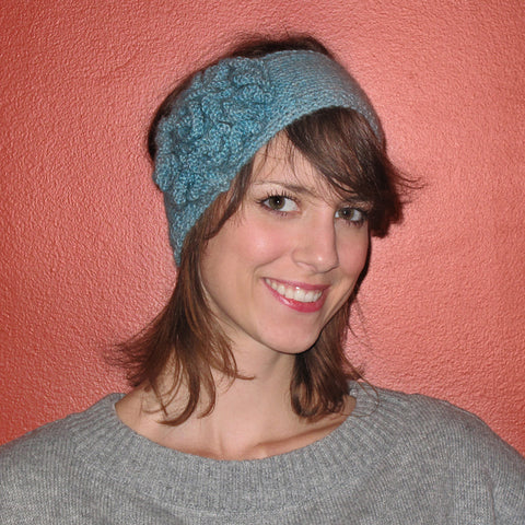 flower headband {knitting pattern}