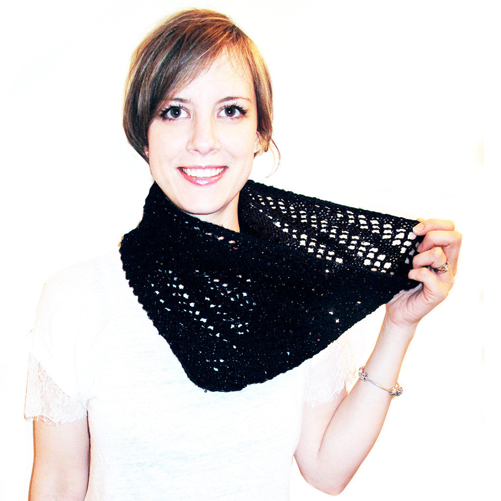 magpie darling cowl {knitting pattern}-knitting pattern-The Crafty Jackalope