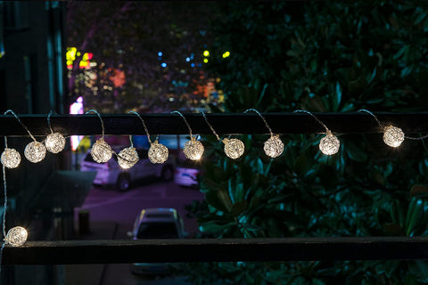 LED Lantern Hanging String Lights - Battery-Powered (30 LED LIGHTS)