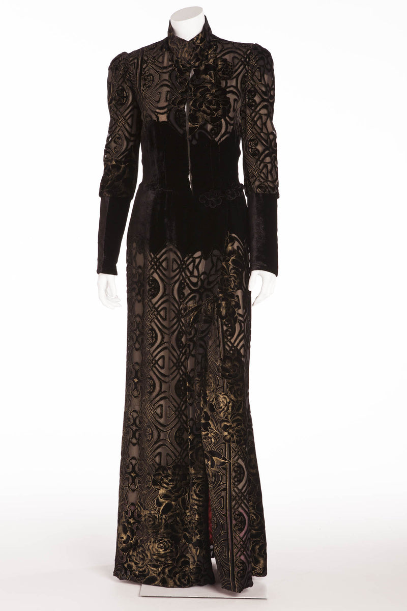Roberto Cavalli - As Seen on the 2006 Runway Collection - Black Velvet Brocade Robe with Floral Oriental Kimono Silk Lining - IT 40