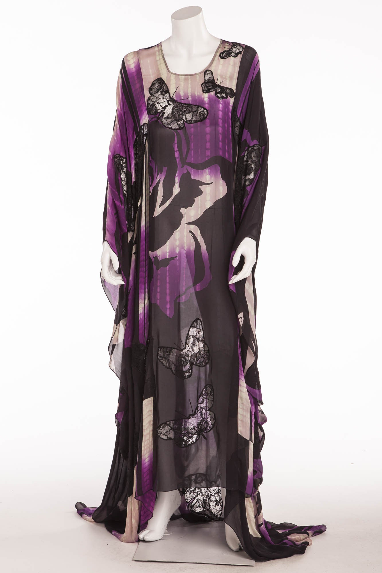 312a7e054703f Emilio Pucci - Lace-embellished silk - blend chiffon Butterfly Caftan –  LUXHAVE