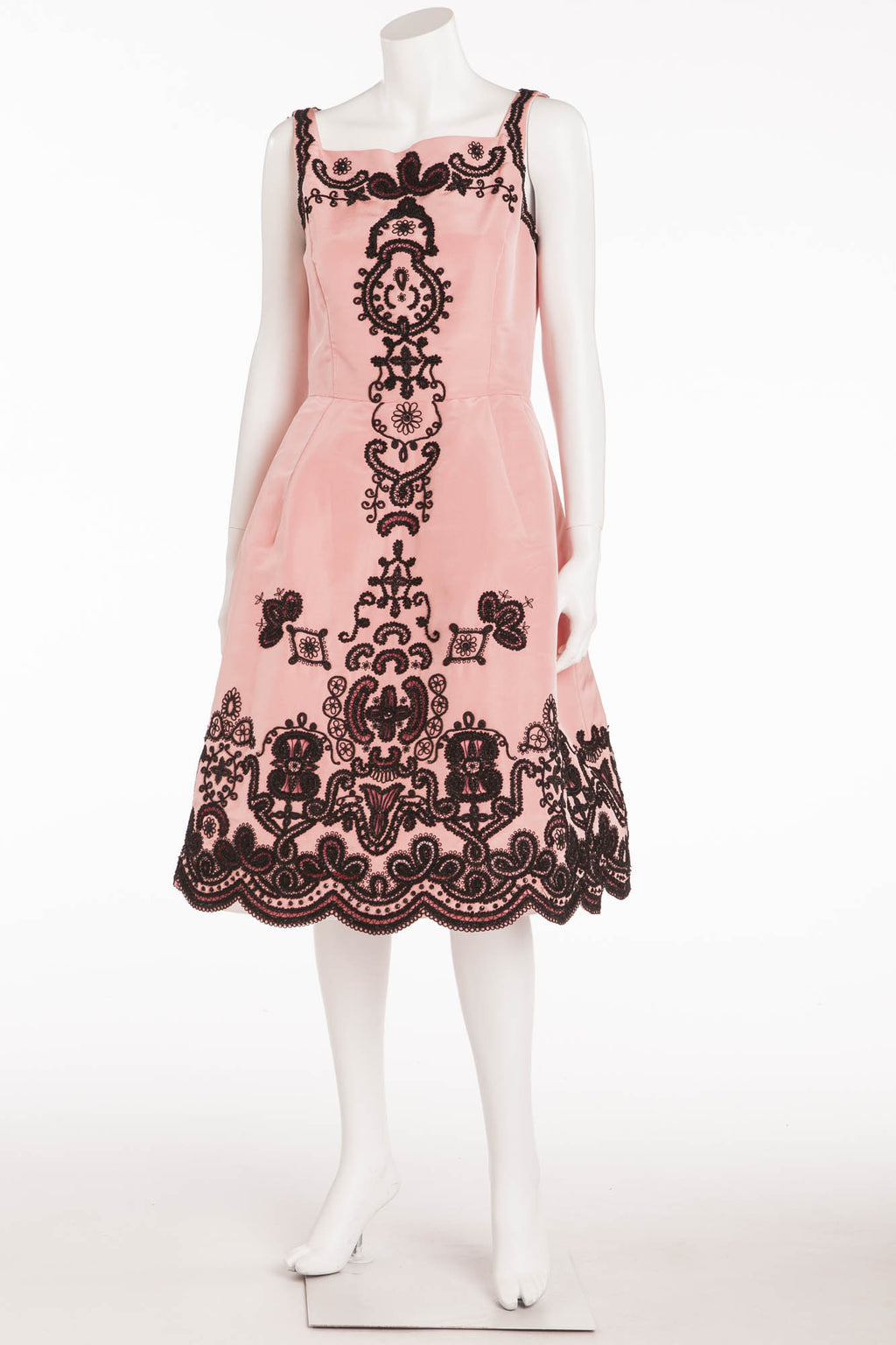 Oscar De La Renta - Pink Sleeveless Dress with Black Embellishments - US 8