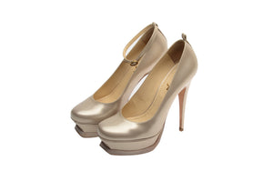 Yves Saint Laurent - Beige Patent Platform Pump - IT 38 1/2