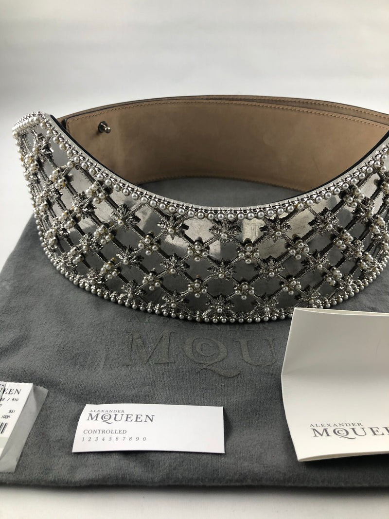 Alexander McQueen - Pearls Motive Metal Plaque Wide Gold Leather Belt