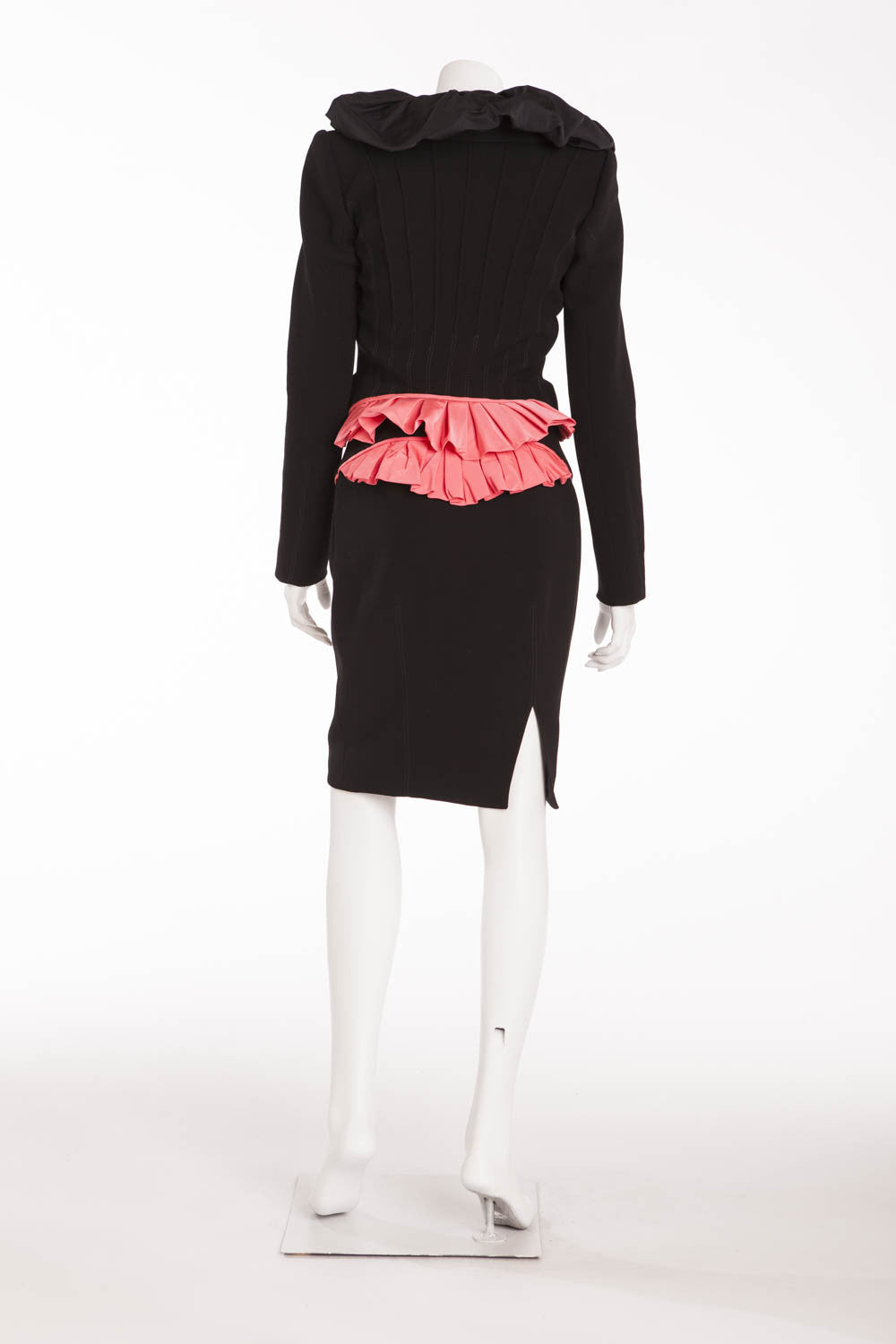 Louis Vuitton - Iconic 2PC Black Blazer and Skirt Suit with Pink Trim - FR 38