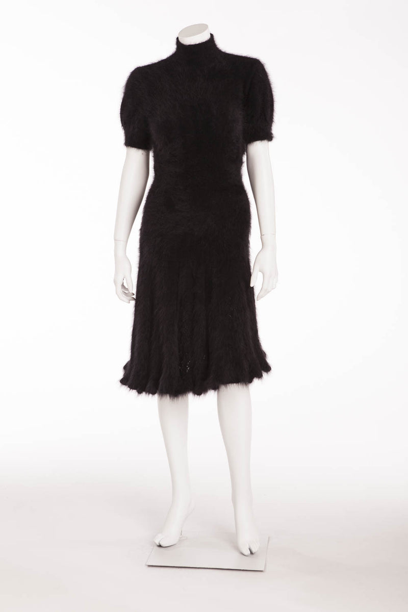 Original Alexander McQueen - from 2008 Fall Runway Collection, Look 3 - Brand New Black Angora Short Sleeve Dress - IT 42