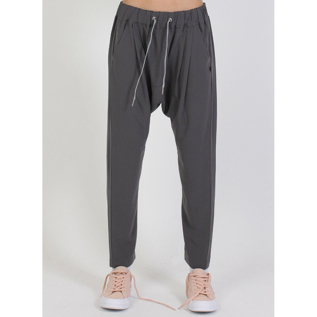 Federation Relax Pant - Black