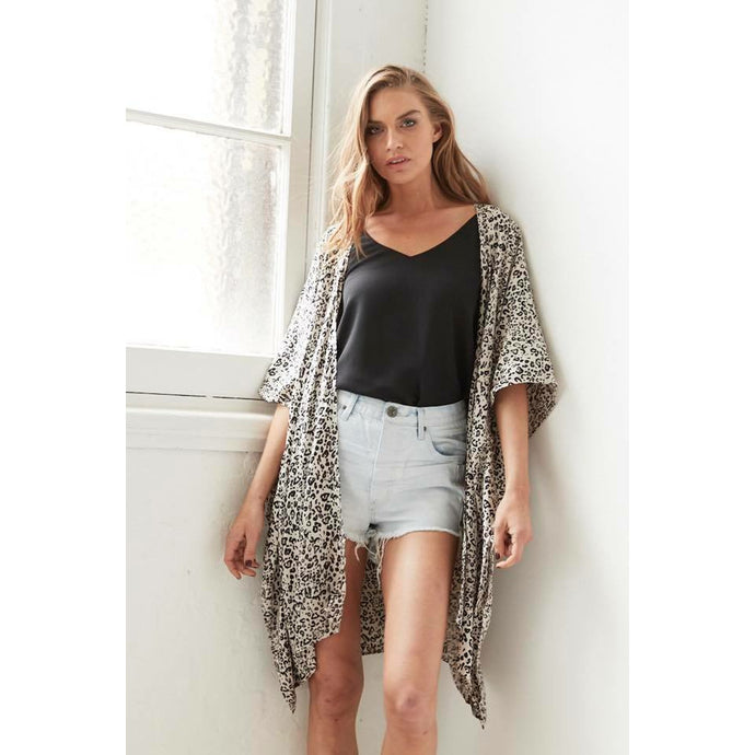 Cartel & Willow Palm Springs Kimono Cape - Zulu Leopard