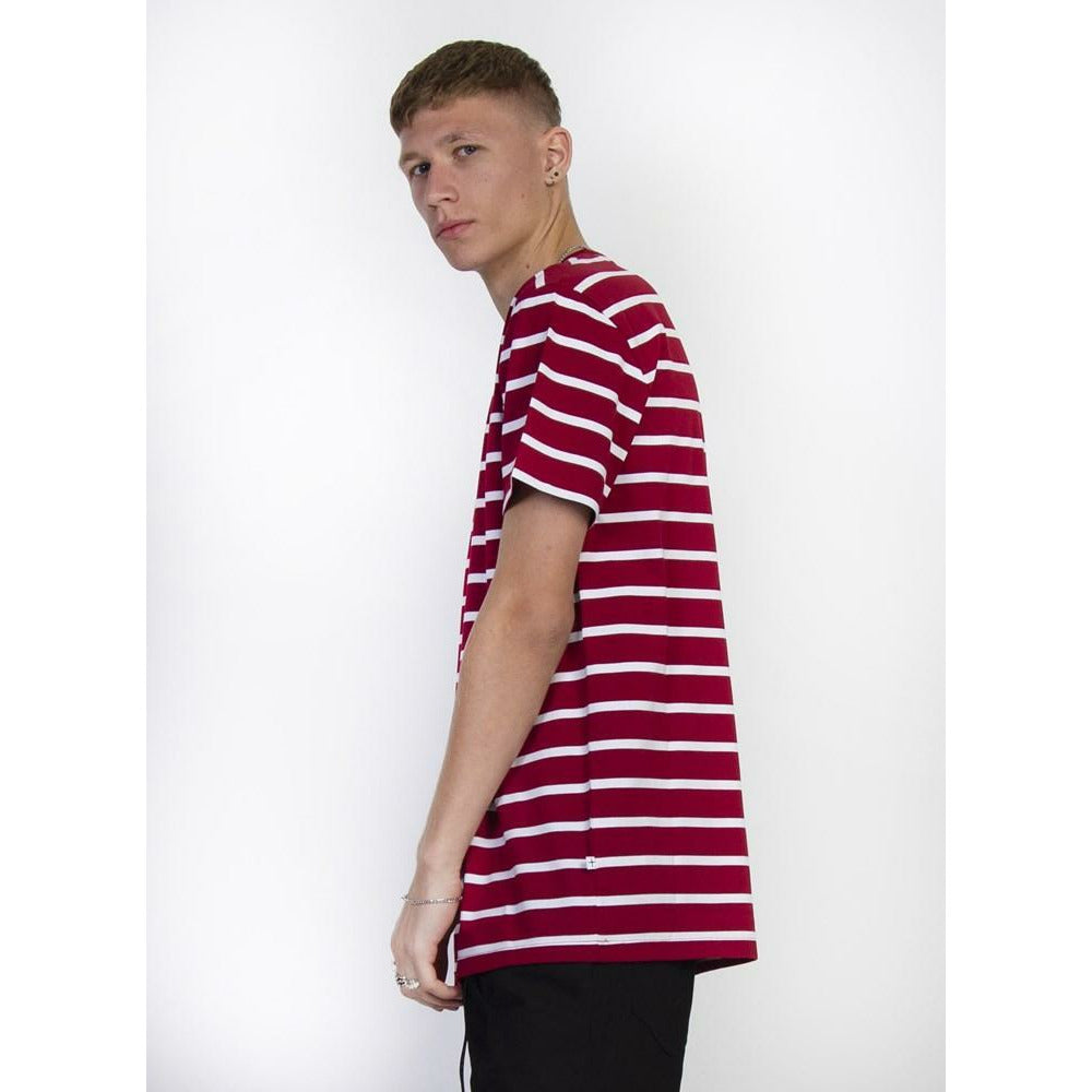Federation Aye tee (Badge) - Burgundy/White