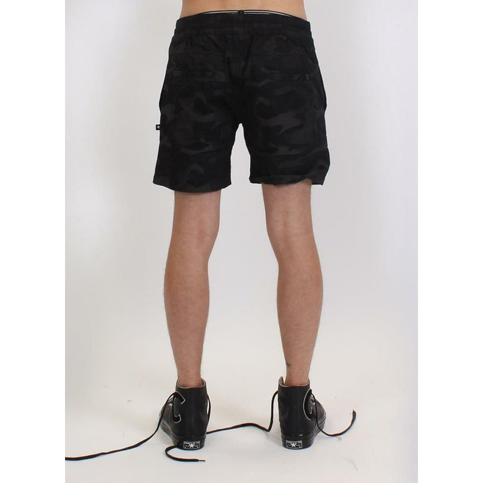 Federation Bored Short - Black