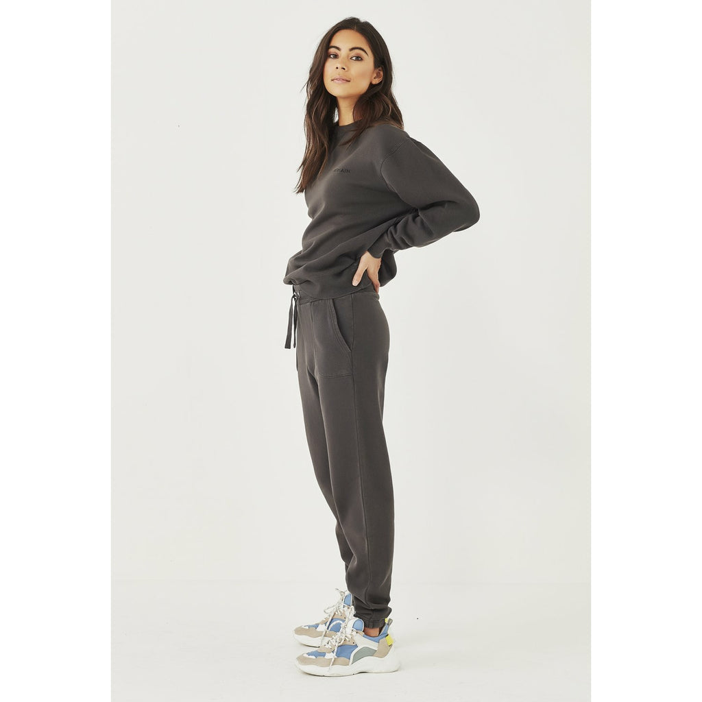 Remain Logo Trackpant - Aged Black