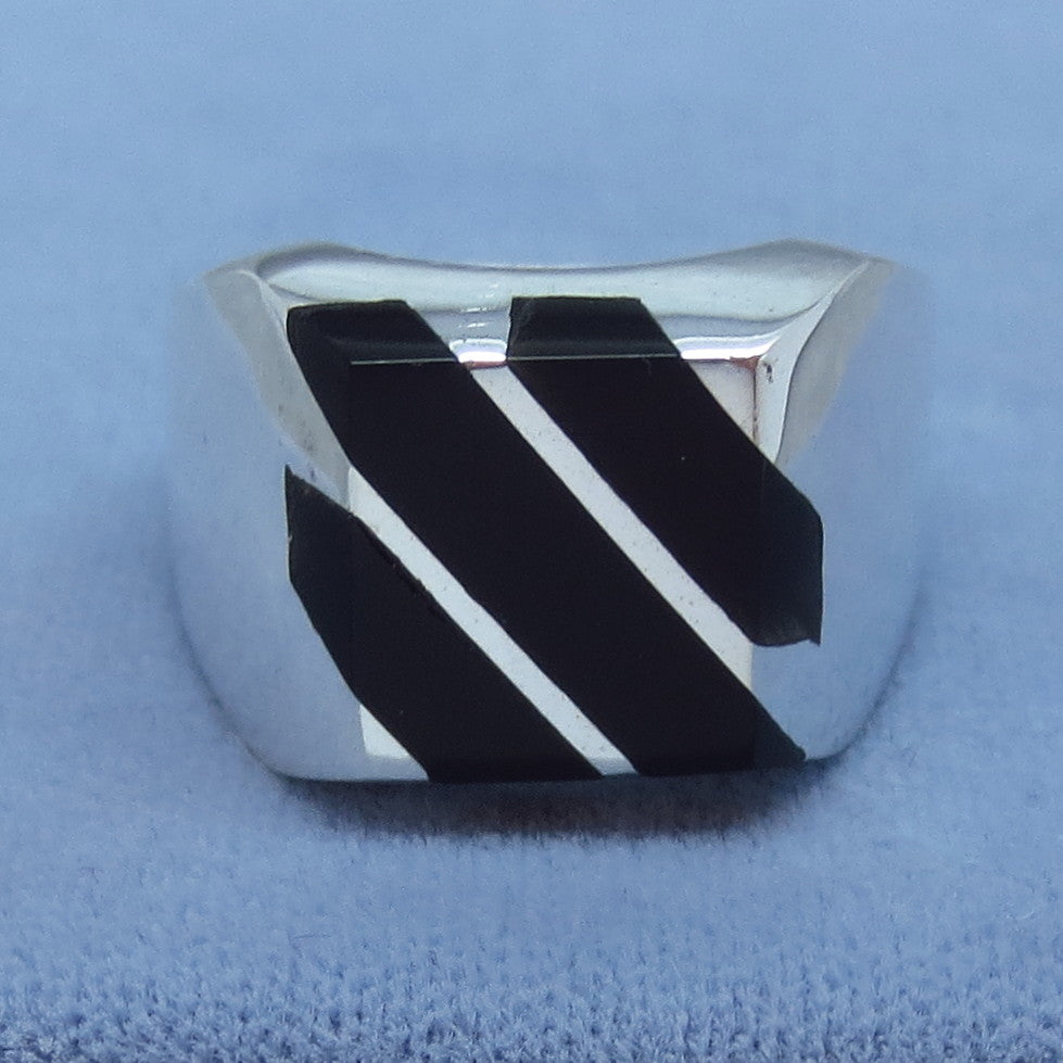 Size 11 Mens Genuine Black Onyx Ring - Inlay - Taxco - Handmade - 16g - 263923