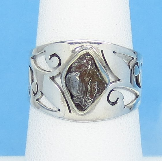 "Size 6-1/4 Meteorite Ring - Campo del Cielo - Argentina - Sterling Silver - 1/2"" Tall - 9 x 6mm Meteorite - Leaf Filigree Cigar Band 16-08"