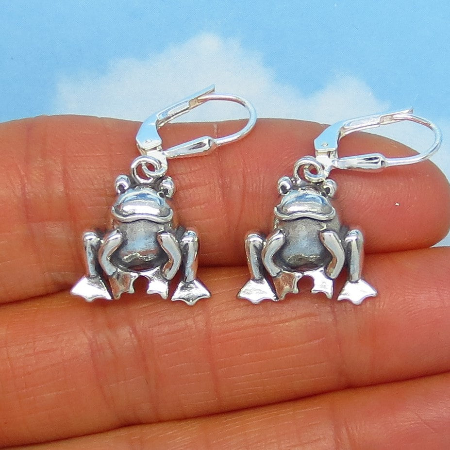 Sterling Silver Frog Earrings - Leverback Dangle - Dimensional - Garden - Nature - Woodland - su170828