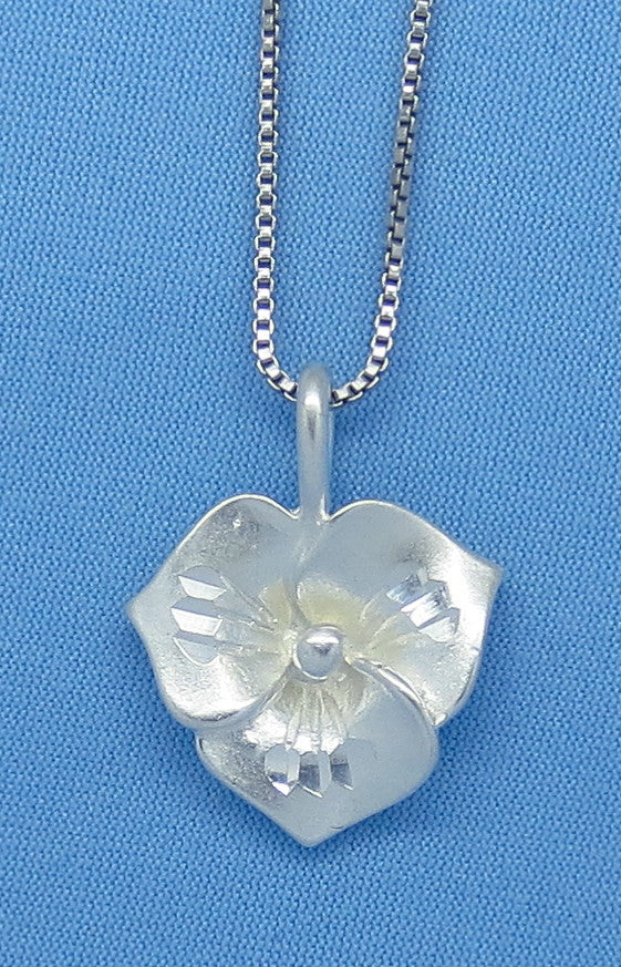 Sterling Silver Trillium Flower Pendant Necklace - Made in Italy - 3-D - p150506